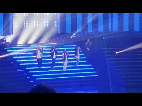 Backstreet Boys - Don't Go Breaking My Heart - Zappos Theater Planet Hollywood 7/27/18