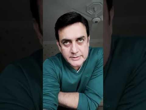 Director And Actor Shahood Alvi Giving Comments for Young Journalist Saqib Aslam Dehlvi