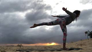 Sunrise Yoga Flow - 40 Minutes Beginner Yoga