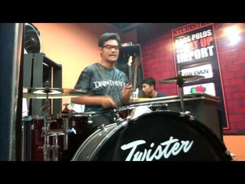 Arti Cinta (Ari Lasso) Drum Cover by ii Qremlim's