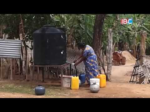People affected by dry weather in Sri Lanka