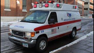 Смотреть видео В США двадцать человек пострадали в ДТП со школьным автобусом онлайн