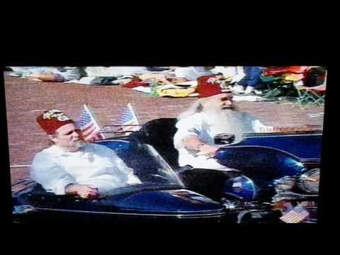 2004 Pro Football Hall of Fame Hoover Grand Parade part 12