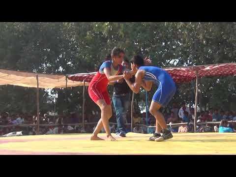 Quick win by girl wrestler komal vs divya 00048