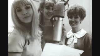 Priscilla Paris   I Love How You Love Me 1974 single