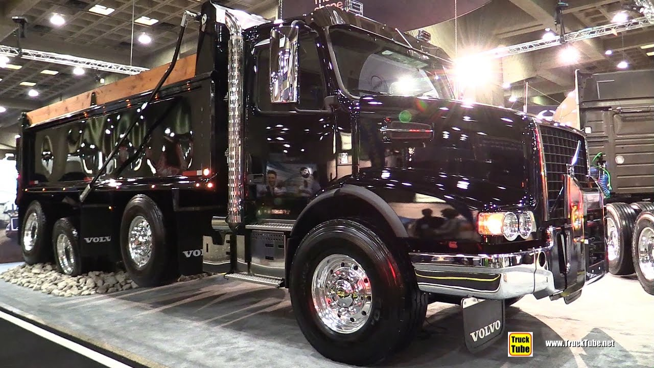small resolution of 2017 volvo vhd84b 200 dump truck with d13 455hp engine walkaround 2017 expocam montreal