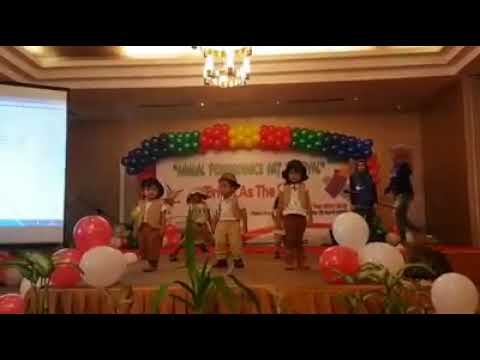 inal performance, madagascar dance