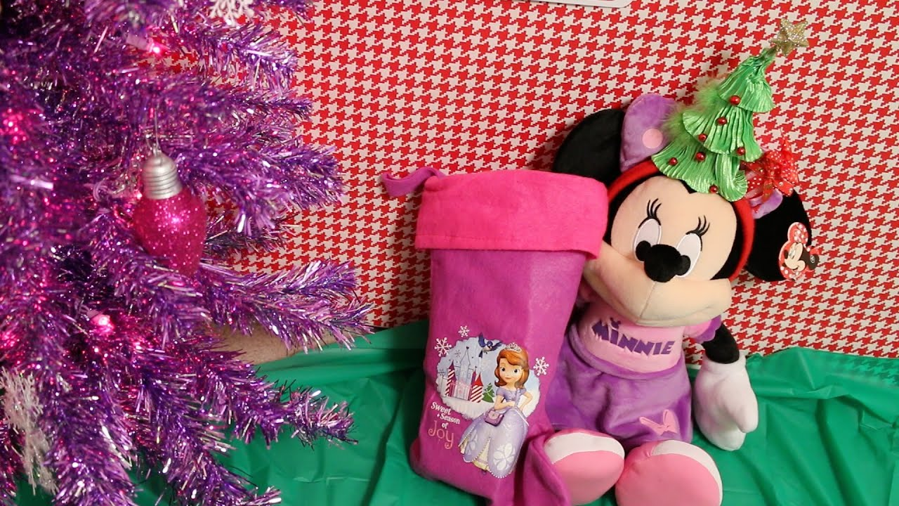 Minnie Mouse Christmas Stocking And Gift Opening!