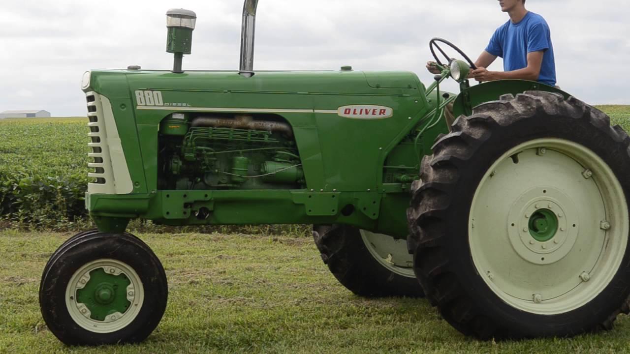 oliver 880 row crop [ 1280 x 720 Pixel ]