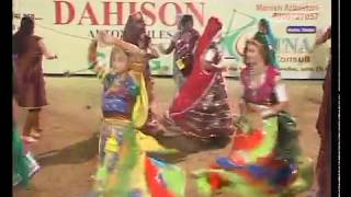 Gujarati Garba Song Navratri Live 2011 - Lions Club Kalol - Jignesh Kaviraj - Day -3 Part - 14