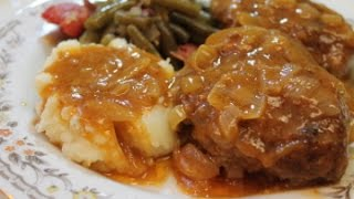 Salisbury Steak Recipe - I Heart Recipes