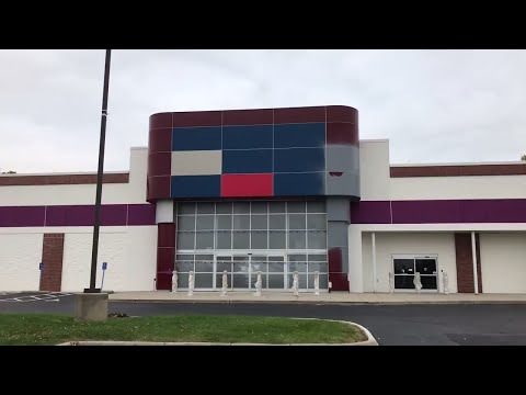 HUGE update on Circuit City! (New store coming soon)