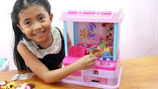 Unboxing Mainan Anak Arcade Claw Machine Game For Kids - Mesin Capit Boneka Mini