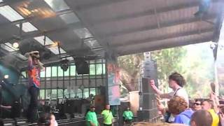 Pulled Apart By Horses - High Five, Swan Dive, Nose Dive - Golden Plains - March 13th, 2011