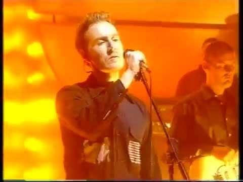 Massive Attack - Inertia Creeps (Live - Jo Whiley Show 1998)