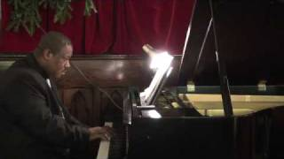 Chris Fleischer, Piano- See Amid the Winter's Snow