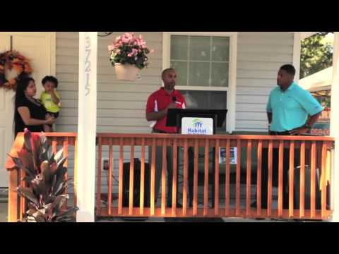The Real Estate Quarterback documents Warrick Dunn Charities Giveaway in #TampaBay