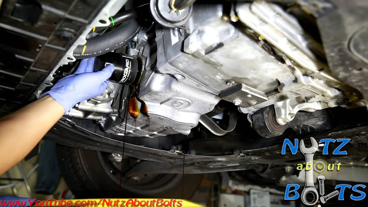 2010 2014 Honda Insight Oil Change Youtube