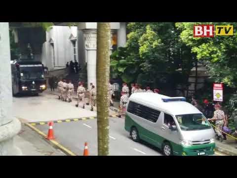 Hukuman mati 9 penceroboh Lahad Datu kekal