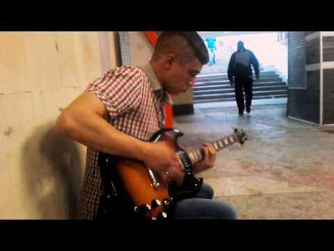 Металл в переходе Петровский Пасаж г.Воронеж