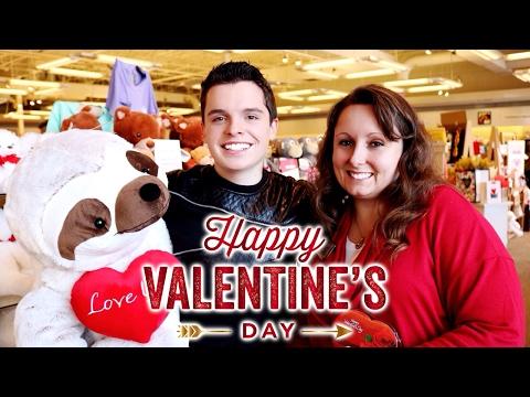 Valentine's Day Shopping 2017! - Hallmark Gold Crown Stores