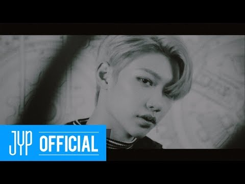 "Stray Kids ""Chronosaurus"" Video"