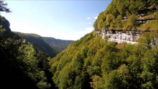 Ballade dans les Cascades du Hérisson - Camping Jura