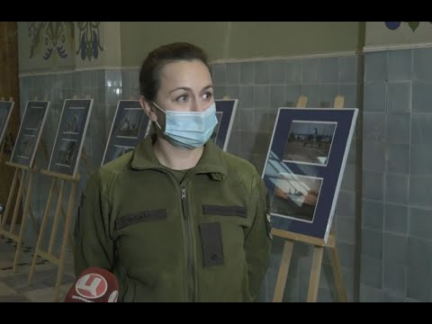 Виставка військових світлин Анни Чапали