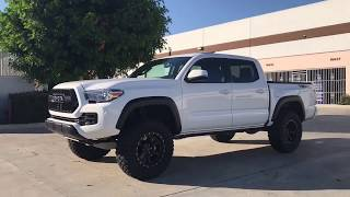 "Toyota Tacoma Leveled On RRW RR2-V Wheels and 33"" RBP Tires"