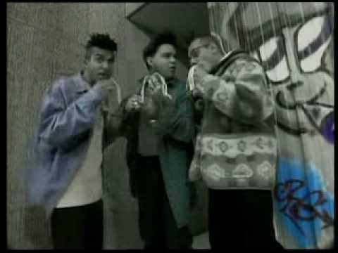 Les Inconnus - Y'en a marre du Rap