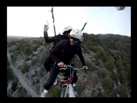 Decollo Parapendio In Bici Tutto In Volo 2013 Youtube