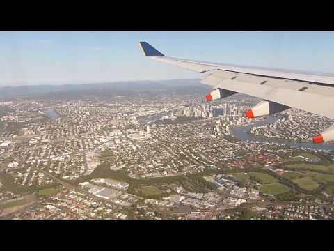 Singapore Airlines Landing at Brisbane Airport Australia