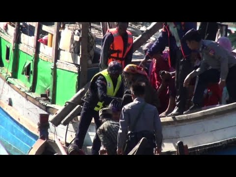 Rohingya migrants detained at sea arrive...