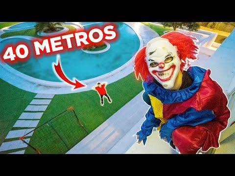 EL PAYASO HACE PARKOUR EN LA MANSIÓN !! PARKOUR EN LA VIDA REAL !! *se Cae De 40 Metros* Exi