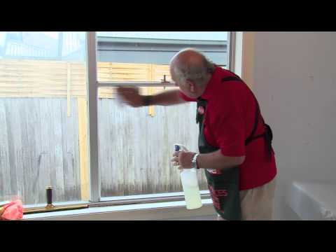 How To Frost Glass - DIY At Bunnings