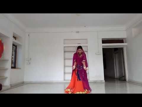 Ghumar Ghumar Ghume Re .... Padmavat
