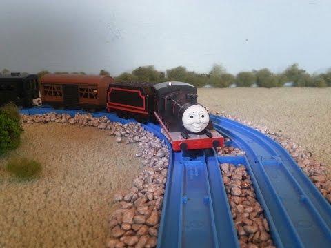 Tomy Trackmaster Black Livery James