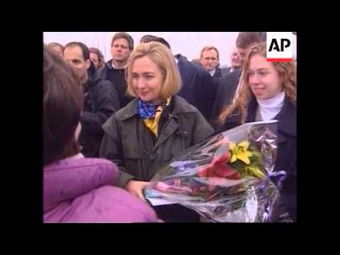 Image result for Hillary landing in bosnia pics