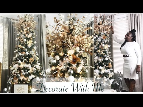 How to: Decorate My Christmas Tree with Me!