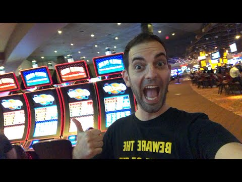 🚩LIVE JACKPOT💰 in Oklahoma!! at Choctaw Casino Durant🔸Brian Christopher Slots #GOALLINatChoctaw #Ad