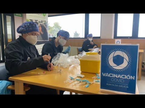 El colegio de médicos pide la vacunación universal contra el COVID 19 11.1.21