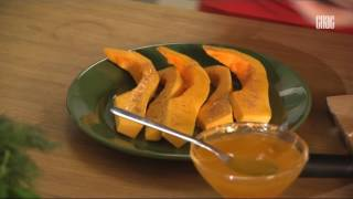Мускатная тыква запеченная с медом, зирой и корицей - Блюдо дня.