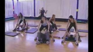 Repeat youtube video Dạy tập thể dục kiểu ..LÀM TÌNH _)).mp4