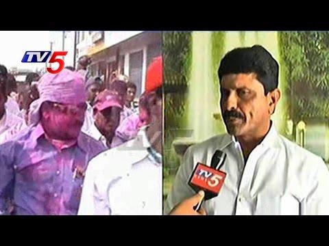 Nayeem Gifted Bullet Proof Car to Komatireddy Venkatreddy | Dubbaka Narasimha Reddy | TV5 News