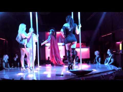 pinky table dance freifrau von ei