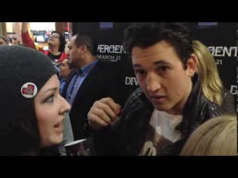 Divergent Dallas Red Carpet + SIGNED POSTER GIVEAWAY
