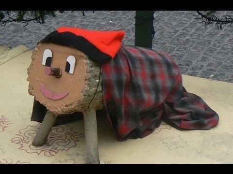 Caga Tio – Catalonia's Wacky Present Pooping Christmas Log - YouTube