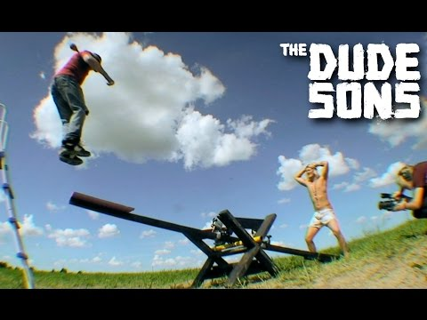 Live scorpion in the mouth challenge the dudesons doovi for Brian barczyk tattoo