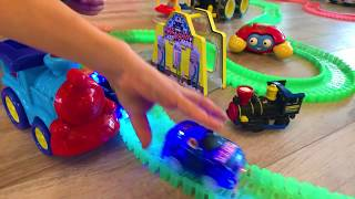 Magic Tracks Remote Control Toy Cars Challenge!!! As Seen on TV Toys