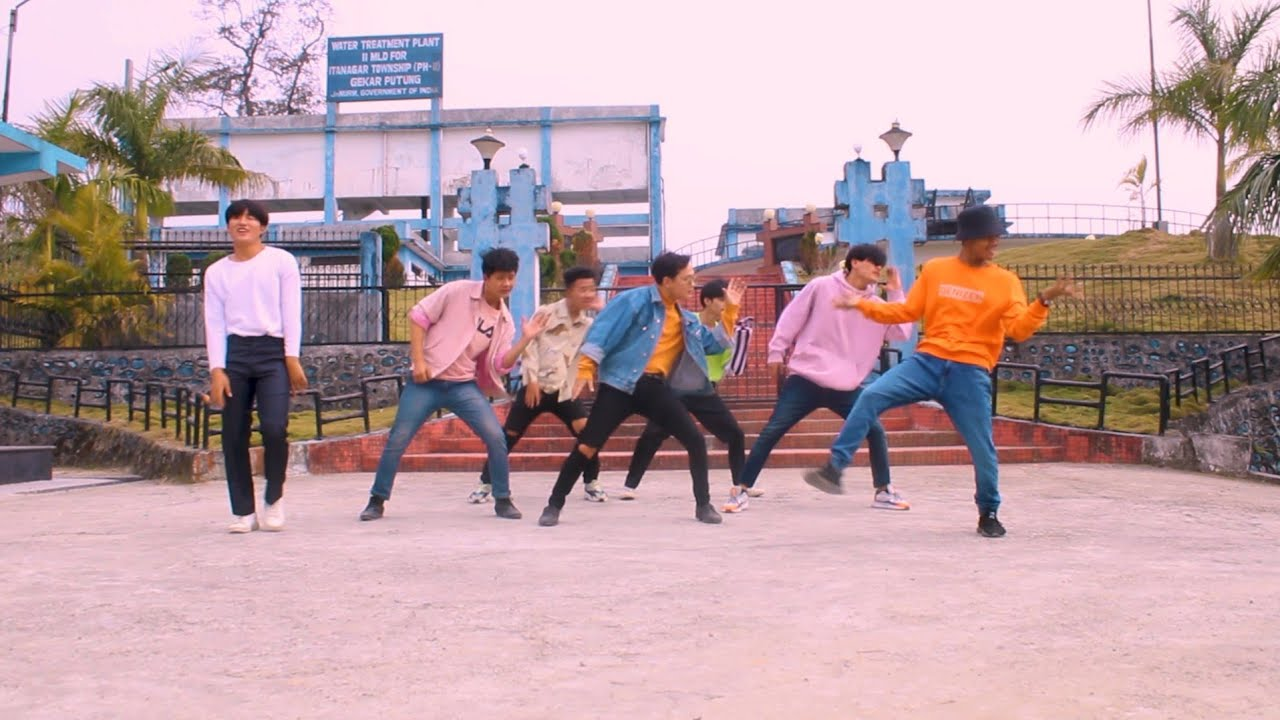 BTS - Boy with luv dance cover THE TREND